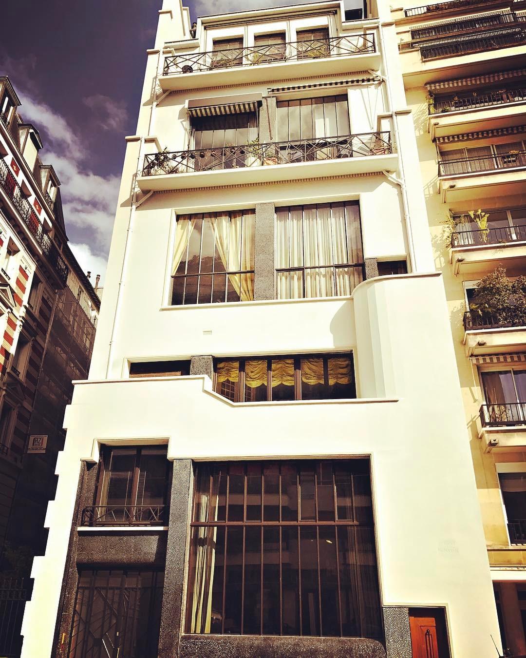 Art Deco Paris Apartment: Art Nouveau & Art Deco
